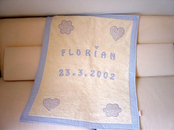babydecke blau mit namen und geburtsdatum paulili. Black Bedroom Furniture Sets. Home Design Ideas